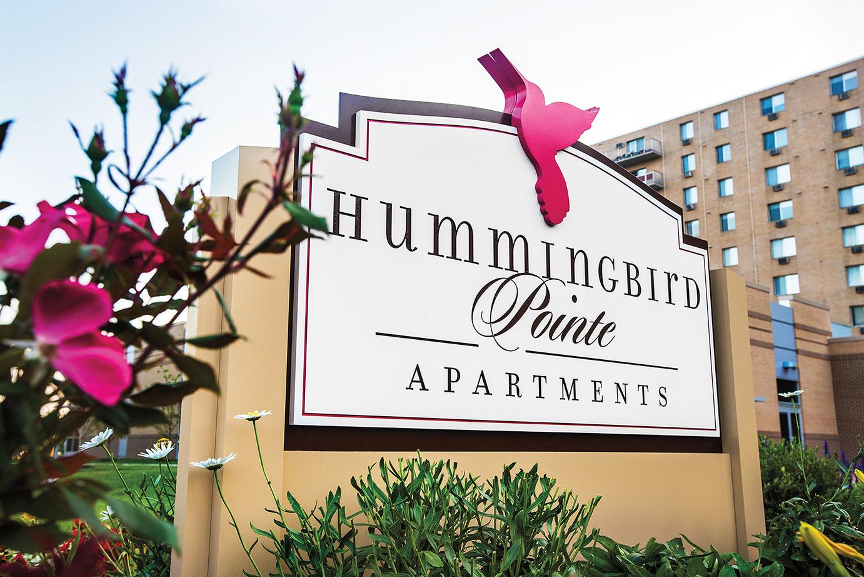Hummingbird Pointe sign